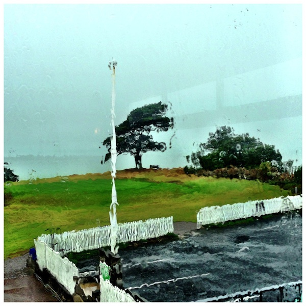 Howick-Golf-Club-in-rain-600w
